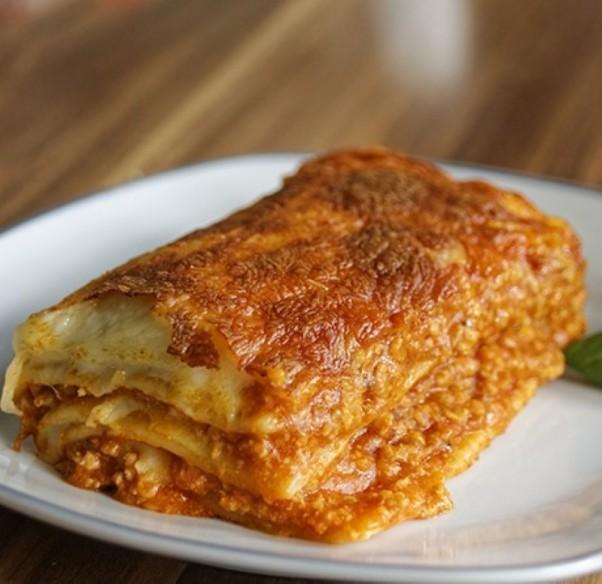 Lasagne de boeuf - 1 kg (environ) - 4 personnes